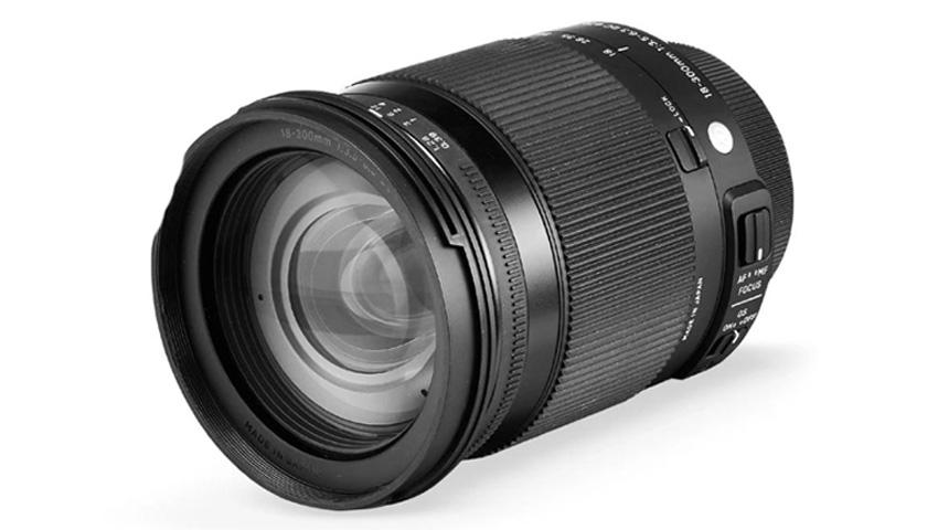 Sigma 18-300 mm f/3.5-6.3 DC Macro OS